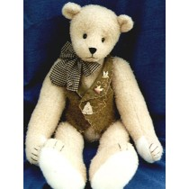 "|28"" Honey Lovin' Ted Bear Pattern"
