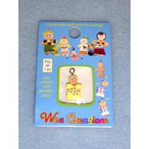 |WC Baby Charm - Fair Skin - Yellow Outfit