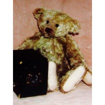 "|14"" Emerson Vintage Bear Pattern"